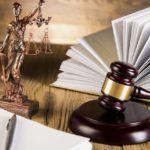 """Бухгалтеры и юристы компаний в зоне риска. Кого и по каким """"антиотмывочным"""" статьям УК могут привлечь?"""